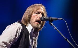 Groom-To-Be Books Tom Petty For Wedding; Gets Super-Scammed