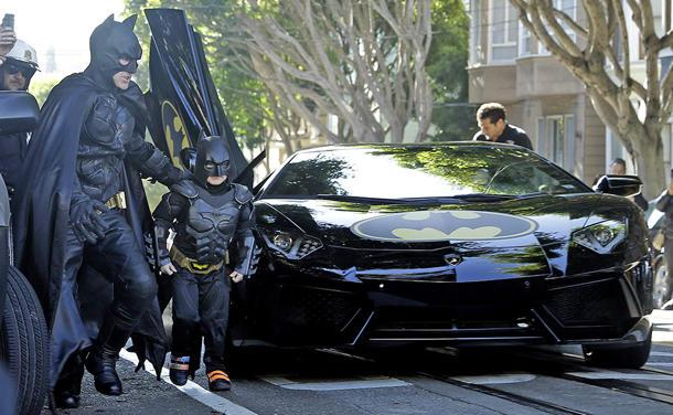 Batkid cleans up San Francisco with Lambos, thousands of supporters