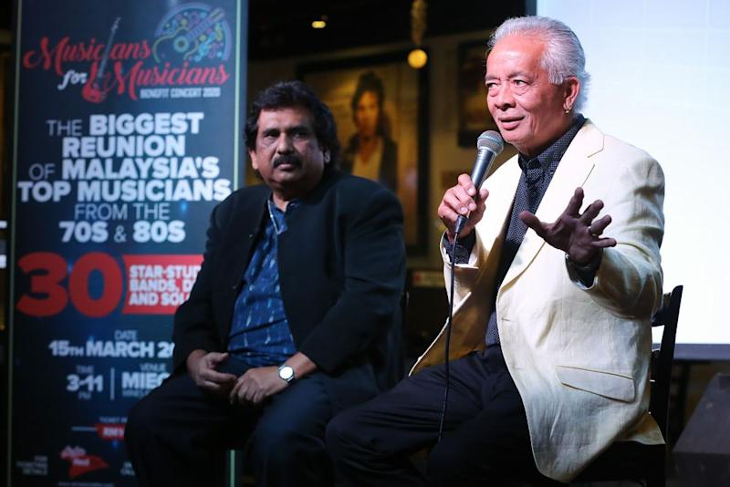 Persatuan Pemuzik Tempatan Selangor president and organising committee chairman Francis Danker (right) explains the drive behind the Musicians for Musicians Benefit Concert. With him is the association's deputy president Edwin Nathaniel — Pix by Yusof Mat Isa