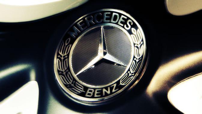 Daimler Bikin Perusahaan Baru untuk Bisnis Mobil Komersial Mercedes-Benz