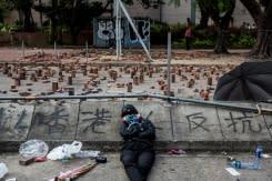 Demonstran Hong Kong tolak peringatan Xi, tetap berunjuk rasa di jalanan
