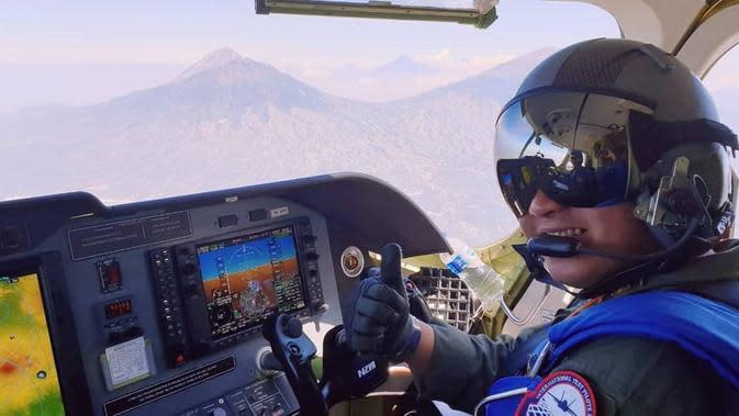 3 Pilot Penguji TNI AU Uji Pesawat N219 Buatan Dirgantara Indonesia