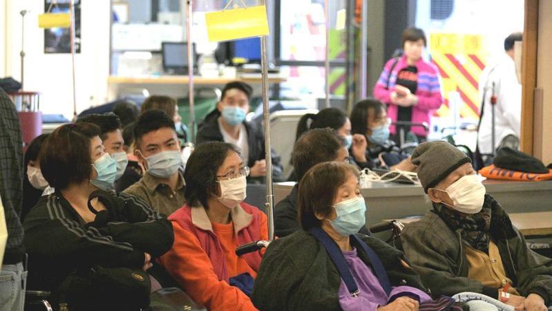 武漢肺炎擴散人心惶惶,外出時你會否配戴口罩?