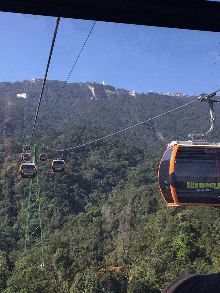 <p>The cable ride to the top of the mountain is 22 minutes long. Photo: Yahoo Lifestyle </p>