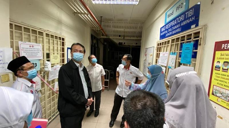 Health DG (in black) at the Sultanah Aminah Hospital. Photo: Noor Hisham Abdullah /Facebook