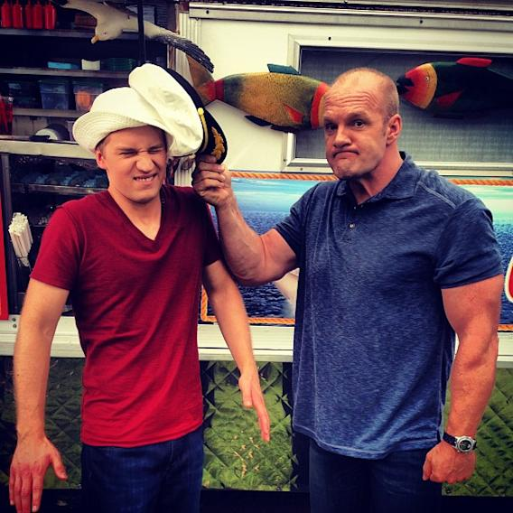 #GLC spinoff pitch: RETURN TO GILLIGAN'S ISLAND w/ @jason_s_dolley #goodluckcharlie