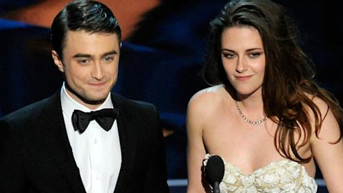 Kristen Stewart does the Oscars with Daniel Radcliffe and brings out the Twitter hate