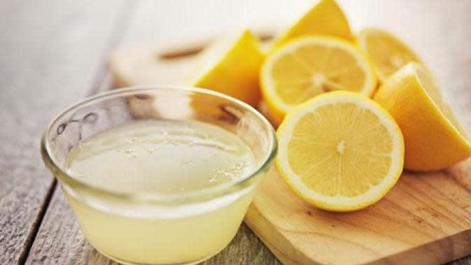 Menggunakan Perasan Air Lemon