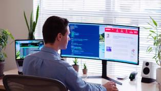 你不用進來上班了!全球企業擁抱「臉書模式」,永久在家工作將是新常態