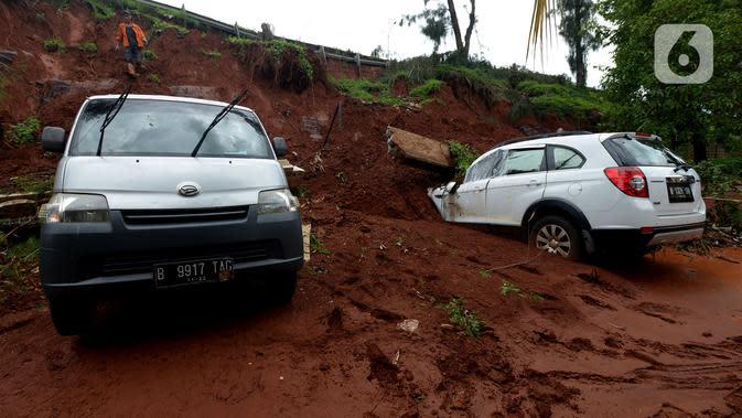 PT Jasa Marga Pasang Perkuatan Lereng, Pastikan Km 118 Tol Cipularang Aman Dilewati