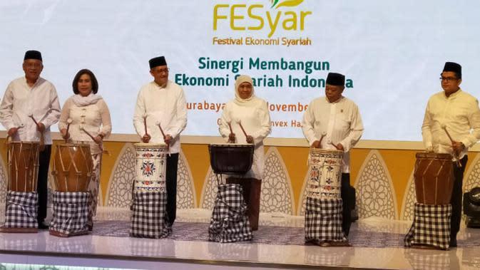Pembukaan acara Festival Ekonomi Syariah (Fesyar) bertema sinergi membangun ekonomi syariah Indonesia di Indonesia pada Rabu malam, 6 November 2019. (Foto: Liputan6.com/Dian Kurniawan)