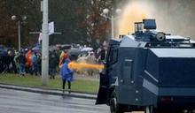 示威釀衝突 白俄授權警方可用實彈