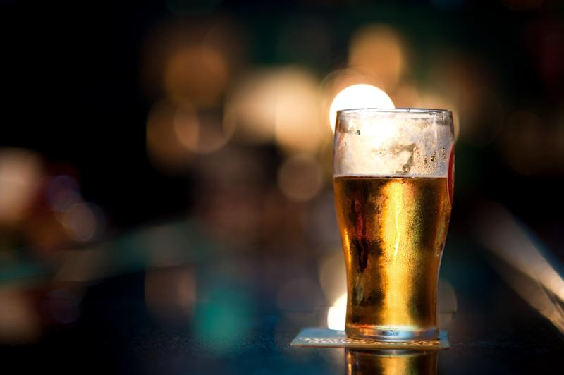 Pubs in Queensland can open and serve before 1pm if they coincide with Anzac Day services. Some Queensland RSLs will be open at 5am. Source: Getty Images (file pic)