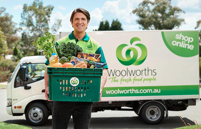 The Woolworths Crate to Bench premium service is one of the supermarket's initiatives to minimise plastic waste. Source: Woolworths