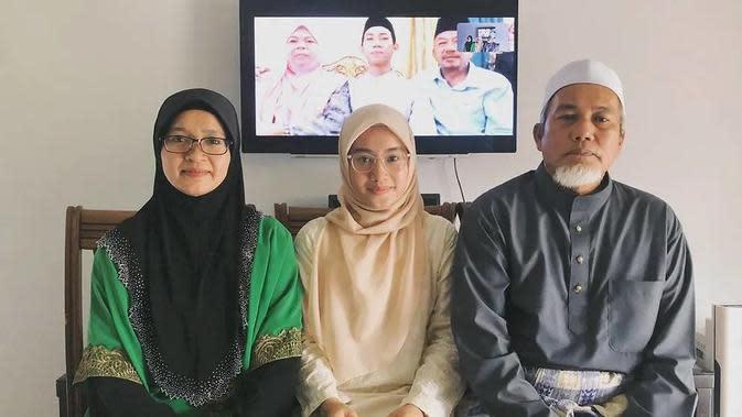Pengantin di Malaysia nikah online selama lockdown pandemi virus corona (Twitter/@theghrack)