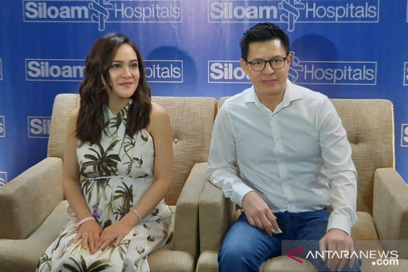 Shandy Aulia lahirkan bayi perempuan melalui operasi sesar