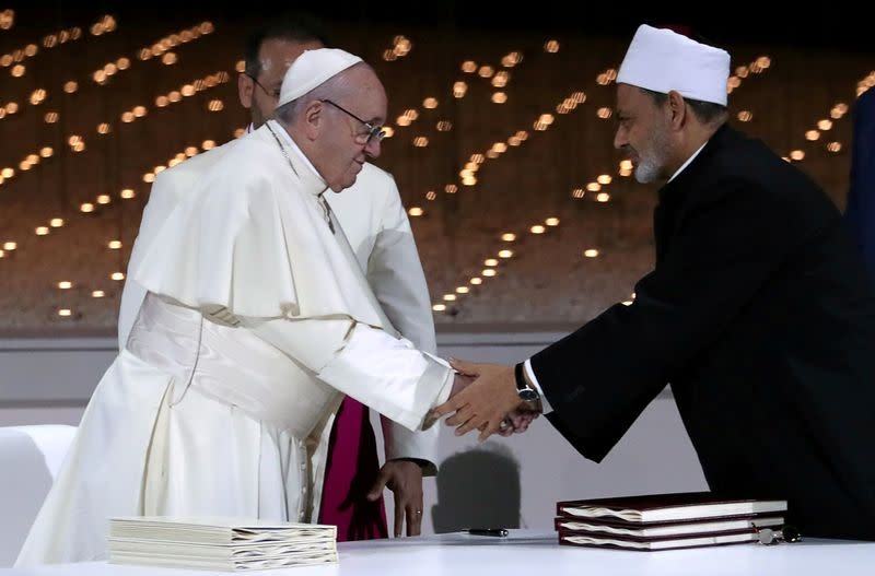 Pope joins inter-faith prayers against coronavirus, irks ultra-conservatives