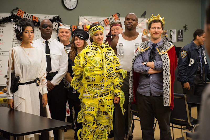 Halloween-themed TV brooklyn nine nine feature