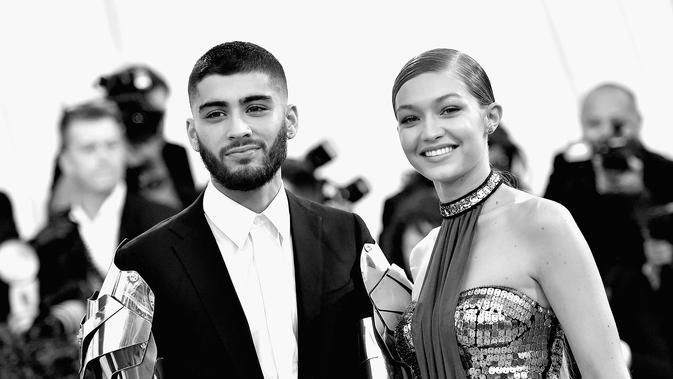 Kisah cinta Zayn Malik dan Gigi Hadid berlanjut. (AFP / MIKE COPPOLA / GETTY IMAGES NORTH AMERICA)
