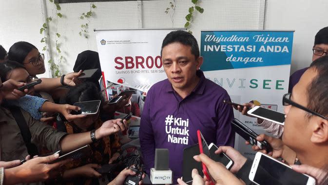 Direktur Jenderal Pengelolaan Pembiayaan dan Risiko, Luky Alfirman usai peluncuran peluncuran SBR007 di Jakarta (Merdeka.com/Dwi Aditya Putra)