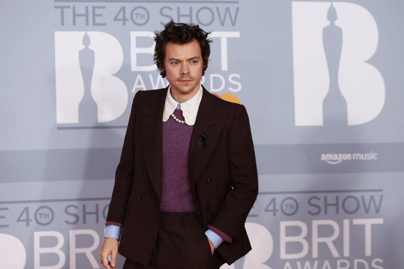 "Harry Styles kembali ke layar lebar lewat film ""Don't Worry, Darling"""