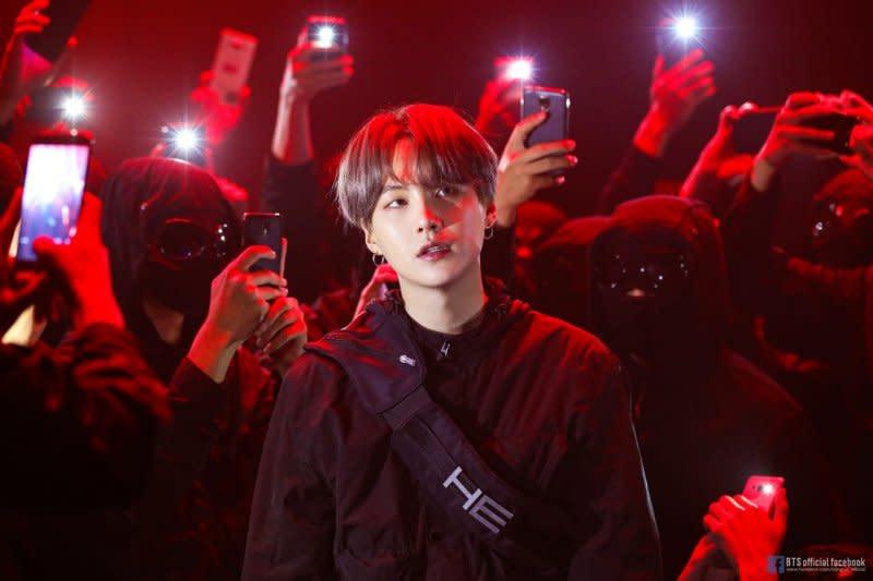 Suga beri bocoran detail album baru BTS