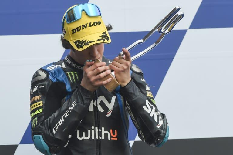 Fall-guy Vietti wins French Moto3, Arenas takes championship lead