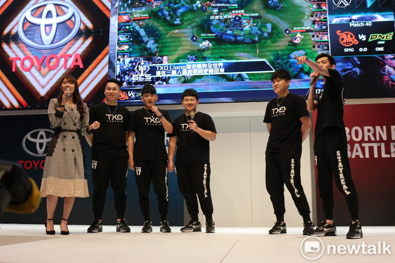 TXO連續兩日與粉絲進行表演賽。