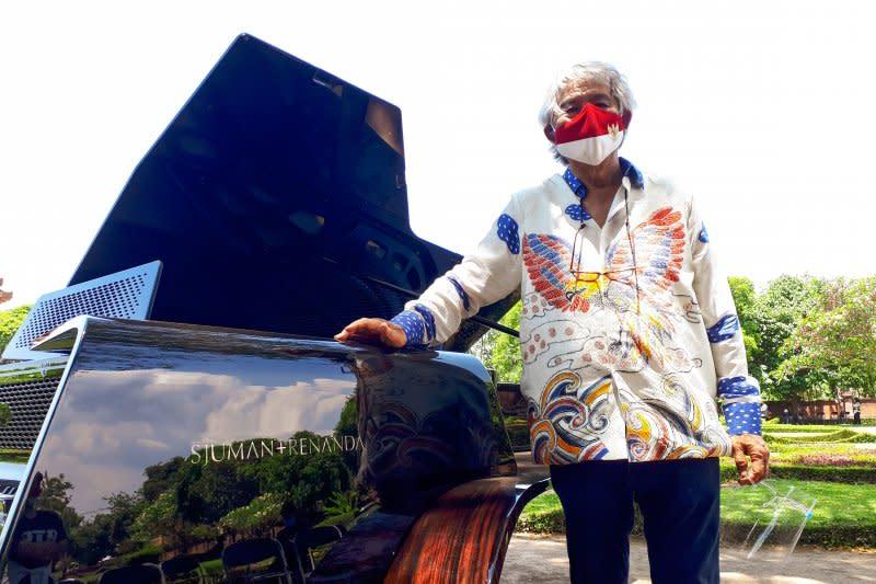 SR1928, grand piano pertama Indonesia mendapat penghargaan MURI