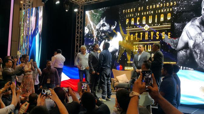 Manny 'Pacman' Pacquiao saat jumpa pers jelang duel melawan Lucas Matthysse di Kuala Lumpur Malaysia (Marco/Liputan6.com)