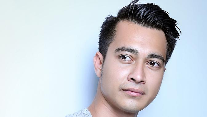 Eza Gionino. (Fotographer: Nurwahyunan, Digital Imaging: Muhammad Iqbal Nurfajri/Bintang.com)