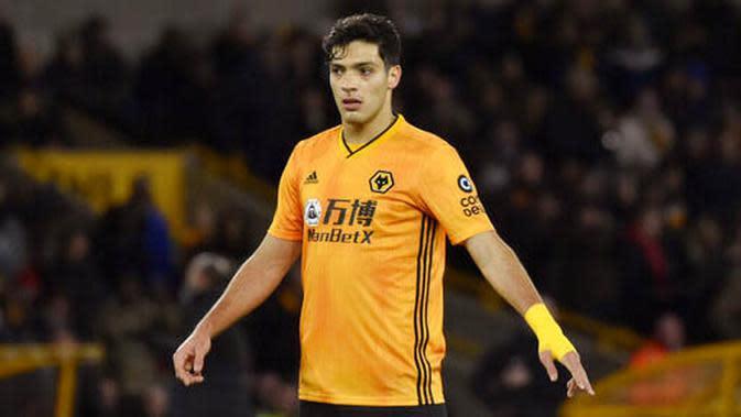 7. Raul Jimenez (Wolverhampton Wanderers) - Pemain asal Meksiko ini turut menyumbang satu gol saat Wolves ditaklukkan Manchester City. Tambahan gol tersebut membuatnya kini telah mencetak dua gol. (AP Photo/Rui Vieira)