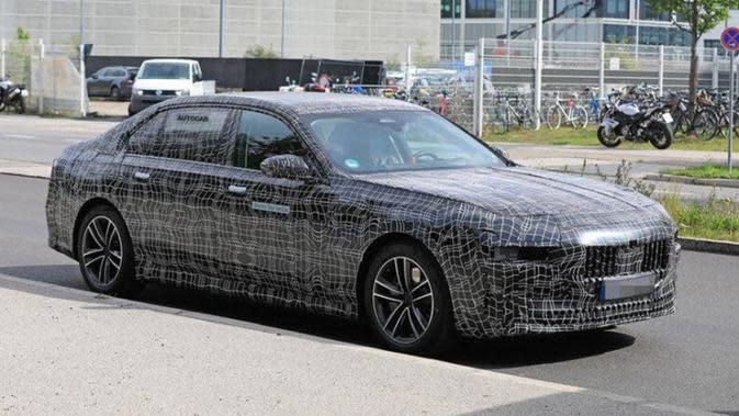 Prototipe BMW i7 Mulai Tes Jalan