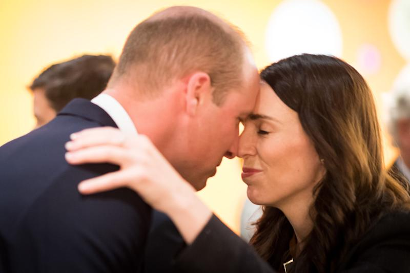 AUCKLAND, NEW ZEALAND - APRIL 25: In this handout image provided by the New Zealand Government, Prince William, Duke of Cambridge is greeted with a Hongi, a traditional Maori greeting, by Prime Minister Jacinda Ardern as they attend the Auckland Anzac Day Civic Service at the Auckland War Memorial Museum on April 25, 2019 in Auckland, New Zealand. Prince William is on a two-day visit to New Zealand to commemorate the victims of the Christchurch mosque terror attacks. (Photo by Mark Tantrum/The New Zealand Government via Getty Images)