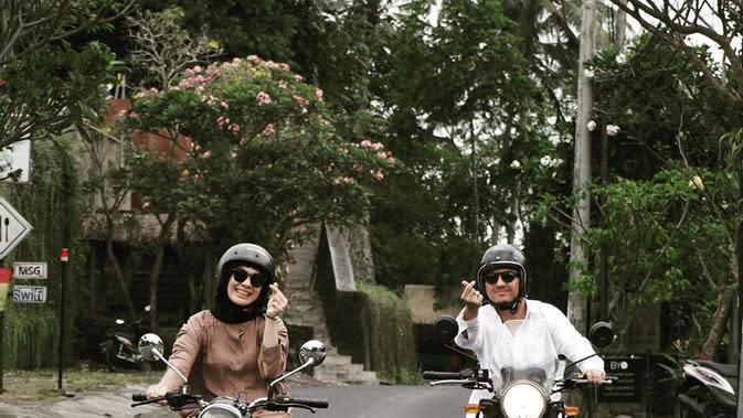 Ananda Omesh dan Dian Ayu (Sumber: Instagram/dianayulestari/)