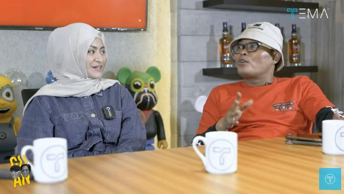 Sule dan Nathalie Holscher [Foto: YouTube Tema Indonesia]
