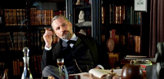 Viggo Mortensen Reveals How He Became Freud in 'A Dangerous Method'