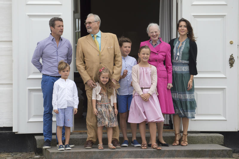 GRASTEN, DENMARK - JULY 15: Queen Margrethe, and Prince Henrik of Denmark, with Crown Prince Frederik, and Crown Princess Mary of Denmark, and Prince Christian, Princess Isabella, Princess Josephine, and Prince Vincent, attend the annual summer photo call for The Danish Royal Family at Grasten Castle, on July 15, 2016 in Grasten, Denmark. (Photo by Julian Parker/UK Press via Getty Images)