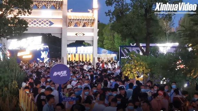 Kota Wuhan kembali bangkit dan ramai usai diteror pandemi Covd-19. (Sumber: Xinhua News)