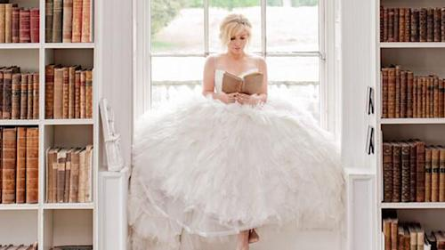 Kelly Clarkson Too 'Busy' For Wedding, Will Elope