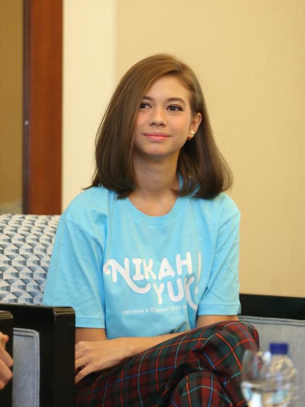 Yuki pun berharap kekasih Marcell bisa memaklumi adegan yang mereka lakukan dalam film Nikah Yuk yang bakal tayang pada 6 Februari 2020 mendatang. (Daniel Kampua/Fimela.com)