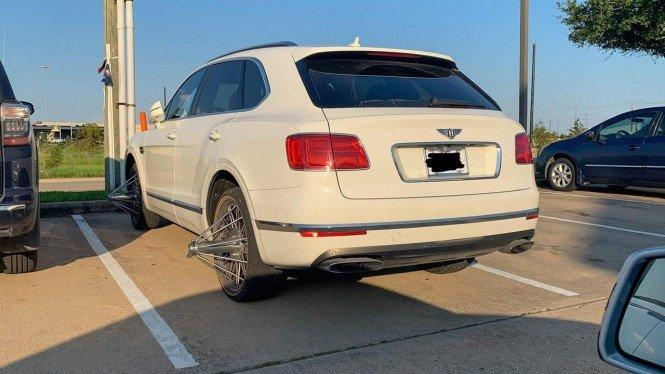 Modifikasi Bentley Bentayga, Repot Nih Kalau Masuk Jalanan Sempit