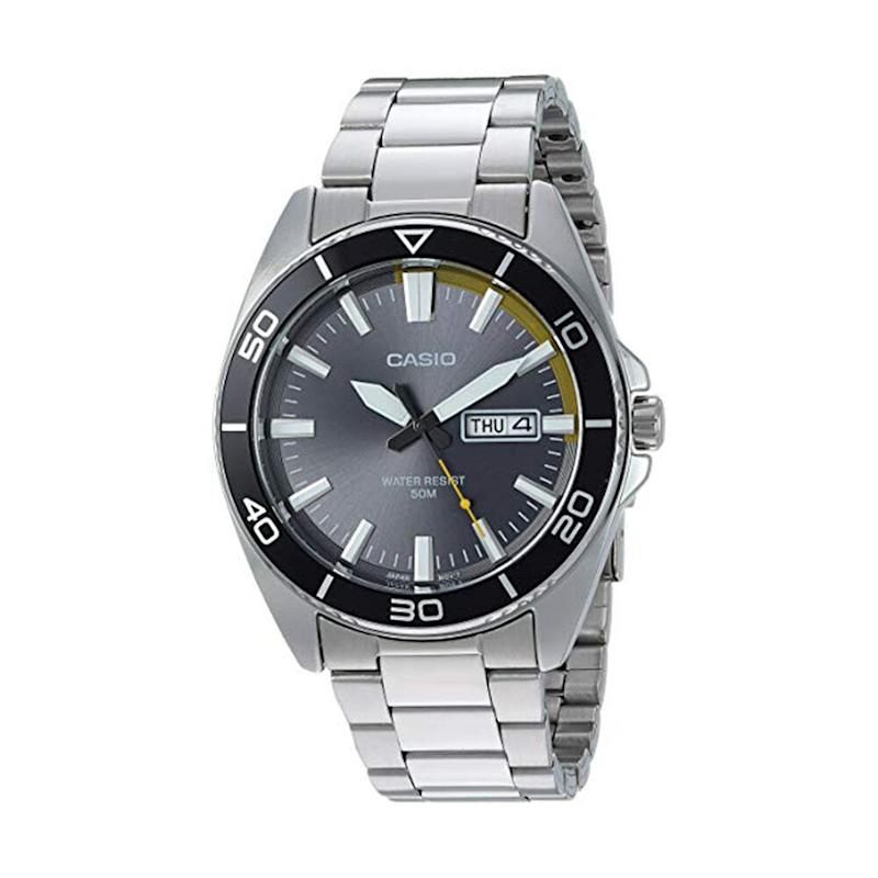 Casio Men's Sports Quartz Watch with Stainless-Steel Strap. (Photo: Amazon)