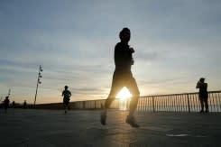 Eropa bersiap longgarkan lockdown setelah ada petunjuk pandemi menyurut