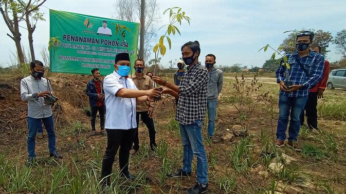 Melestarikan Alam dan Kesejahteraan Warga Serang Banten dengan Menanam 494 Pohon