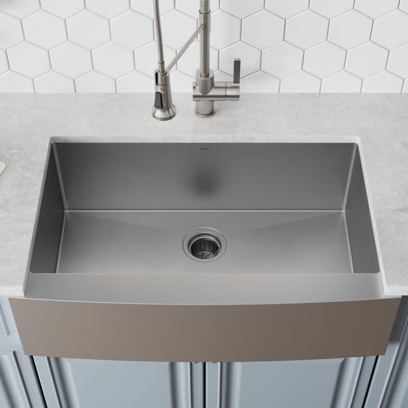 Farmhouse/Apron Kitchen Sink with Basket Strainer. Image via Wayfair.