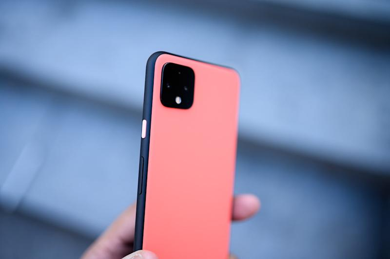 pixel 4 xl accented button