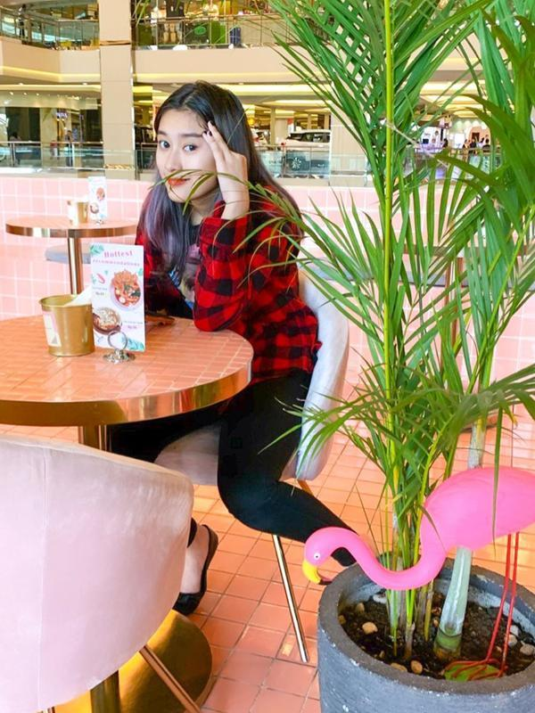 Dalam akun Instagram Parto, sejumlah foto transformasi Amanda Caesa diunggah. Mulai dari ia masih keci, remaja, hingga kini menjadi penyanyi terkenal. Serta tumbuh menjadi gadis yang cantik jelita. (Instagram/partopatrio)