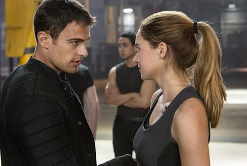 Theo James Gives Us a Chemistry Lesson on the Set of 'Divergent'
