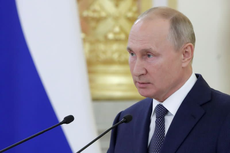 Putin and Armenia PM discuss Nagorno-Karabakh clashes - Kremlin
